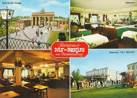 Restaurant Alt-Berlin und blick von der Terrasse auf das Brandenburger Tor.