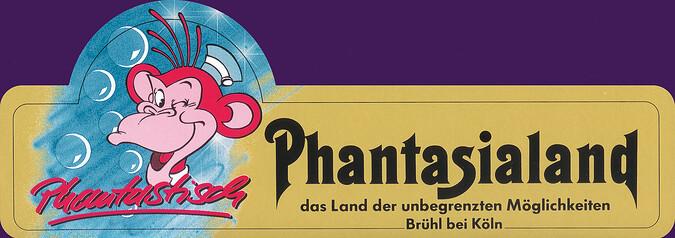 """Autoaufkleber mit dem Affen Phanti und Schriftzug """"Phantastisch""""."""